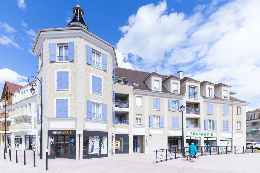 91250 Tigery, France